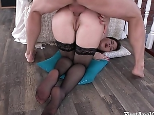 FIRSTANALQUEST.COM - Foremost ANAL FUCKING FOR AN INEXPERIENCED TEEN VIRGIN