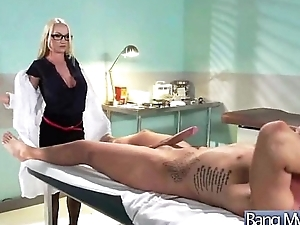 Sex Experiences On the top of Cam With Doctor And Sluty Come what may (madison scott) vid-20