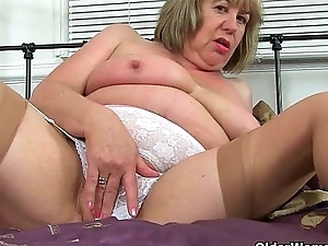 UK grannies Trisha and Zadi love fucking a dildo