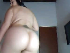 solo dance - more on www.hornywebcammodels.com