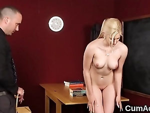 Sexy centerfold gets cumshot on her light sucking in all directions from the jizz