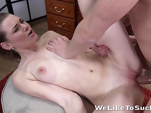 Impudent scrounger facefucks slutty partner during hellacious sex