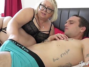 Fat mature bitch with pierced muff blows younger guy